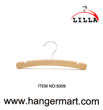 LILLA-Baby cloth wooden hanger with metal clip 5009