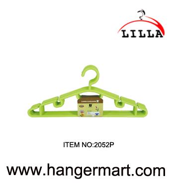 LILLA-Good quality green color coat plastic clothes hanger 2052P