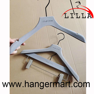 Gray color velvet coat and pants hangers set with black hooks, chrome bar and clips LL-RH02
