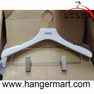 Andu White glossy color suits pants wooden  hanger with anti slip slot chrome brass clips LL-RH03