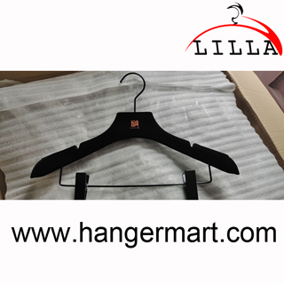 luxury black velvet hangers for skirts and pants V002